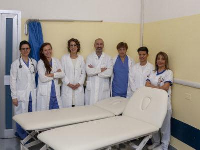 Coop Lombardia regala nuovi lettini alla Terapia del dolore a Busto